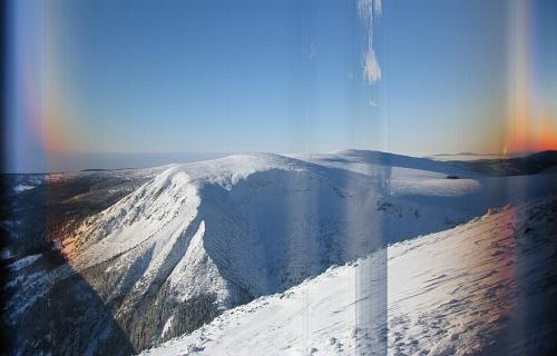 Složený snímek, Sněžka 29.12.2010 od 7:14 do 16:47 hod., pohled na západ
